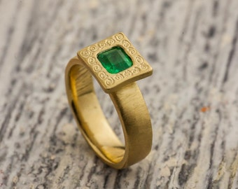 18K Yellow Gold Emerald Ring, 18K Yellow Gold Ring, 0.56 Green Emerald Statement Ring, Princess cut Emerald Gold Ring, Zehava Jewelry