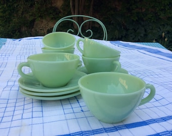 6 French Vintage Jadeite Cups and Saucers in perfect condition - Mid Century Green Opaline - DURALEX - Milk Glass Tableware