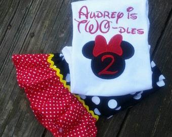 Minnie shorts outfit, Minnie capri outfit, Minnie clothing, Disney clothing, Ruffle shorts, Ruffle capr, Minnie birthday.