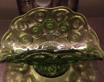 Vintage L. E. Smith Moon & Stars Green Banana Boat Fruit Bowl. ID# 16-25