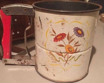Vintage Androck Hand-I-Sift Flour Sifter Red Handle Triple Screen Floral Design