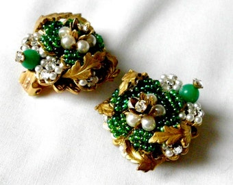 Stanley Hagler & Ian St Gielar Gorgeous Green Glass Beads Hand Wired Earrings Clip On