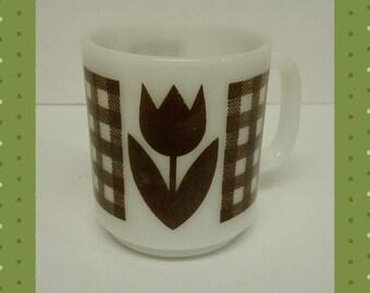 Vintage Tullip Glass Pyrex Mug