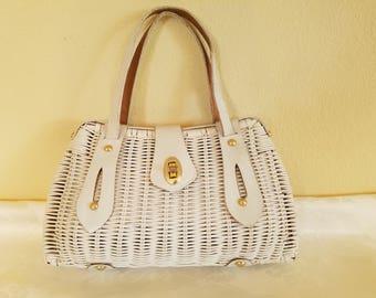 Vintage 1960s Plastic Woven Wicker Handbag, wicker handbag, summer handbag, Made in Hong Kong handbag, white wicker handbag, white handbag