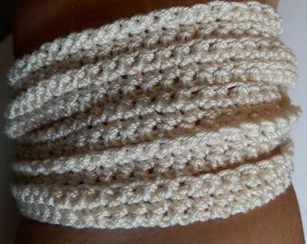 Ring or bracelet in single crochet