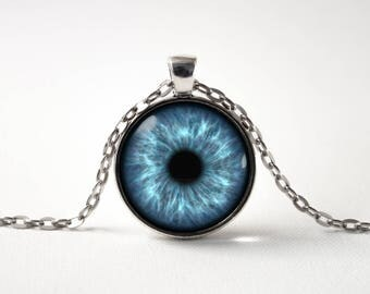 Eye pendant Human eye Blue eye necklace Eye jewelry Blue eye pendant Gift idea Eye jewellery Realistic eye Eyeball necklace Eyeball pendant