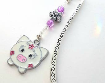 Pig and flower bookmark hook - Book mark with charms