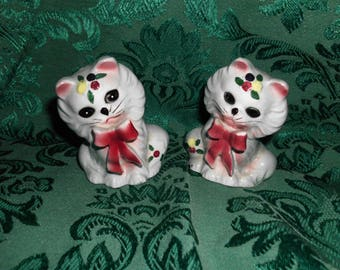 Vintage Ceramic Salt and Pepper Shakers Fluffy Blue Cats With Red Bows Detailed 3""