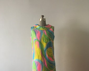 Grooviest Mod 1960s Mini Dress