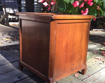 Vintage Wooden Large Planter / Art Deco Wooden Planter/Vintage Planter / Large Square Planter / Flower Container / Flower Pot / Hardwood Box