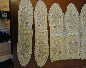 Vintage 1950s Lace Table Setting with Embroidery- three pieces