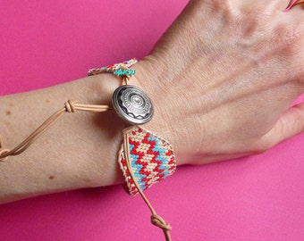 Woven seed beads bracelet