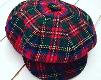 LOCHCARRON 1970s red and green Tartan newsboy unisex cap hat, 100% New wool