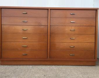 Mid Century Mahogany Dresser by Drexel