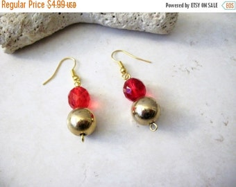 ON SALE Vintage Gold Red Faceted Earrings 12417