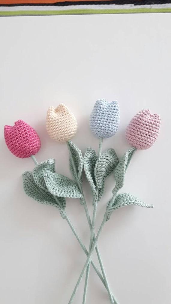 Tulipes au crochet, fleurs crochet, cadeau fête mères, pendaison crémaillère, décoration maison, fleurs décoratives, tulipes coton, crochet