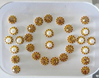 Gold bindi,White Pearl dot,Gold rhinestone bindi,Indian forhead decoration bindi,Temporary tattoo bindi,Eyebrow piercing,Nail art,nose stud