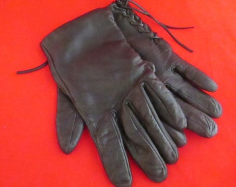 Vintage ECHO Black Soft Leather Gloves with Ties.