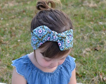 Green Geometric Floral Baby Bow, Headwrap, Baby Turban, Child's Turban, Bow Headband, Baby Headband, Hair Bow,