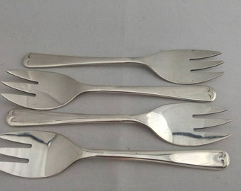Forks 4 small matching forks silver plated