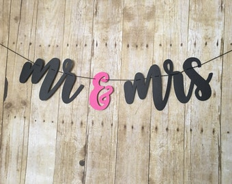 Mr and Mrs Banner - Mr & Mrs Banner - Mr and Mrs Sign - Mr and Mrs Garland - Wedding Banner- Wedding - Engagement - Wedding photo prop