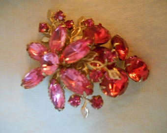 Vintage Gold-tone Costume Jewelry Pink Rhinestone Flower Bunch Brooch