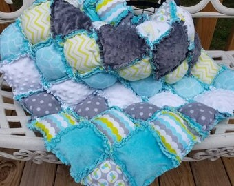 Minky and Flannel Puff Rag Quilt
