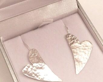Large heart earrings, hammered heart earrings, wavy heart earrings, heart drop earrings, modern silver earrings, statement earrings, hearts