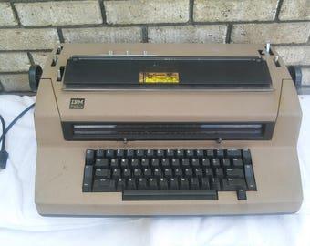 1980s IBM Correcting Selectric III typewritter