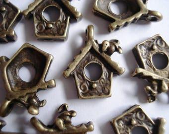 10 Antique Gold Bronze Metal Birdhouse Jewellery Charms 15x14mm