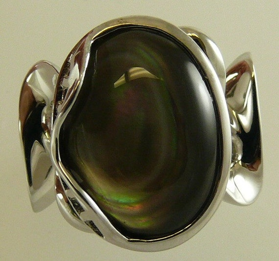 Mother of Pearl Ring Set in Sterling Silver