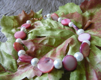 Handmade Beaded Bracelet Pink 8 Inches