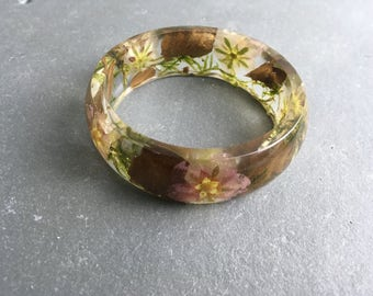 Resin bangle-resin jewellery-real flower bracelet-woodland jewelry-terrarium jewelry-terrarium jewellery