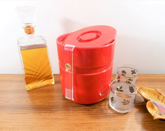 Mod Ice Bucket, Red Acrylic Ice Bucket, Sergio Asti Ice Bucket, Heller Ice Bucket, Italian Red 60's Ice Bucket, Wine Chiller