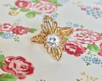Antique 14k Beautiful filigree engagement ring