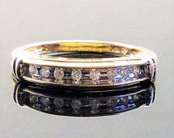 Vintage 10K Gold Wedding Band with 8 Diamonds - Size 7.5, Resizable