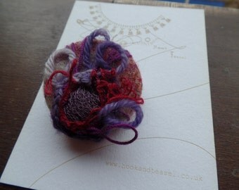 Thistle crochet button Scotland wildflower handmade wire fibre art coat button