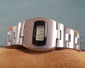 Microma Ladies LCD Watch made by Intel  Hello? Intel made this decades ago.