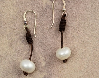 Vincent Peach Braided Leather Pearl Earrings with Sterling Silver Wires Brand New with Tags