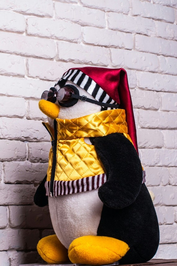 Hugsy Penguin Friends Tv Show Smaller Size The Best Soft