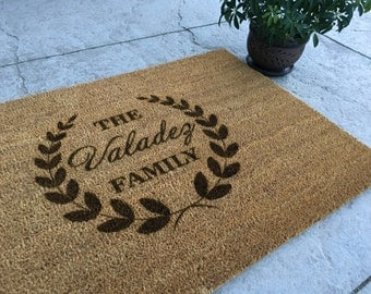 Personalized Welcome Mat - Custom Door Mat - 'Valadez' Style - 35x23