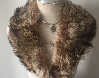 Brown with gray tinge women's soft fur collar, real fur, festive look, very velvet fur, vintage style, size-universal.