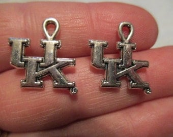 Set of 2 UK Wildcats Charms