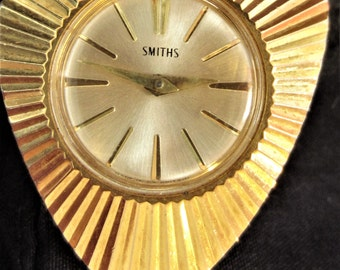 Ladies Smiths Gold Plated Mechanical Necklace Watch Vintage made in Gt Britian