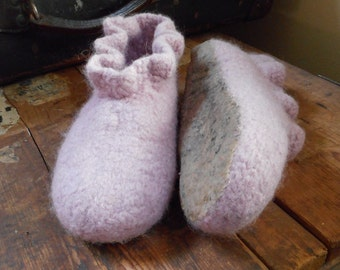 Felted in-house slippers, non-slippery, size 35-36