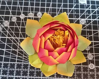 Origami Lotus Flower magnet/magnet/Lily pad/paper flower/mother's day gift