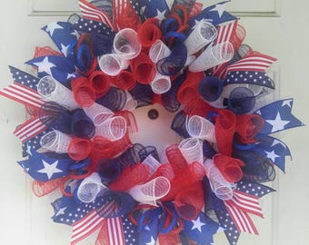 Patriotic wreath, 4th of July wreath, red white and blue wreath, flag wreath, stars and stripes wreath, patriotic mesh wreath