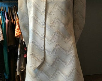 Vintage 1960s R&K Originals White and Grey Mini Dress with Sash/Scarf - Size Small
