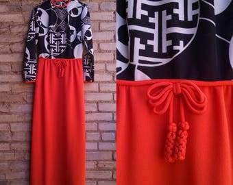1970s Maxi Dress Bleeker Street Black White and Red