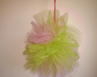 Tulle Pom Pom, Tulle Poof, Tulle Ball, Tulle Pom Pom, Birthday Party Decorations, Girl's Room, Baby Shower, Wedding Decorations
